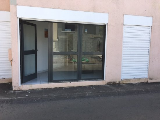 location local commercial ST DENIS 0 pieces, 78m
